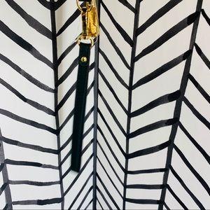 Michael Kors Bags - 🔸 Michael kors jet set large continental wristlet
